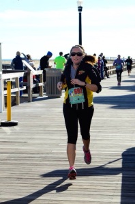 Finising my 5-Miler in my VS Cropped Leggings!